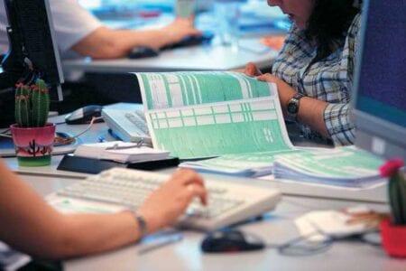 Φορολογικές δηλώσεις: Τα 10 SOS για λιγότερους φόρους - Οι κωδικοί - κλειδιά