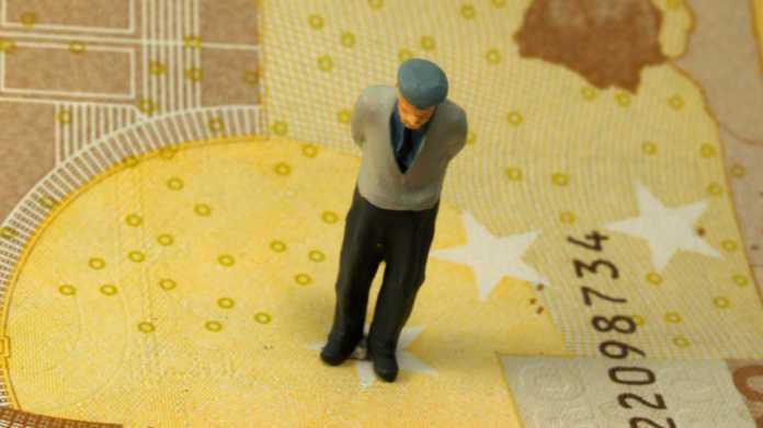Κορονοϊός: Ξεκινά σήμερα η πληρωμή των συντάξεων - Ποιοι πληρώνονται και πώς