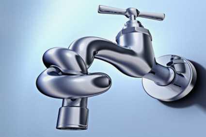 Αρρυθμία και διακοπή υδροδότησης για την αποκατάσταση βλάβης σε Οδούς του Δήμου Κοζάνης