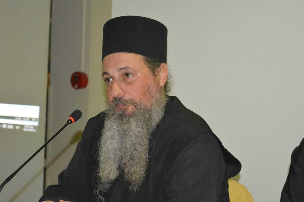 Αρχιμανδρίτης Παΐσιος Παπαδόπουλος ηγούμενος Ι.Μ Γρηγορίου του Παλαμά Φιλώτα: ''Ταυτίζουν τον εορτασμό του Ιουδαϊκού Πάσχα με το Ορθόδοξο Πάσχα''