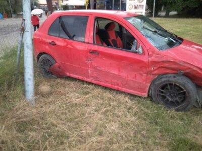 eordaialive.com: Τροχαιο ατύχημα στη συμβολή των οδών Ελευθερίας και Οικοτροφείου - Στα ανύπαρκτα φανάρια του Ανατολικού  (φωτογραφίες) 18