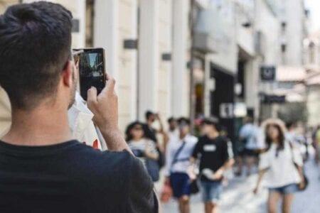 Ανατροπή με φραγή στο κινητό τηλέφωνο – Που μπαίνει το πλαφόν 2