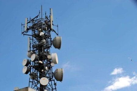 Διευκρινίσεις από την ΕΕΤΤ: Πότε ο συνδρομητής δεν θα πληρώνει τέλος εάν διακόψει τη σύνδεση του κινητού 1