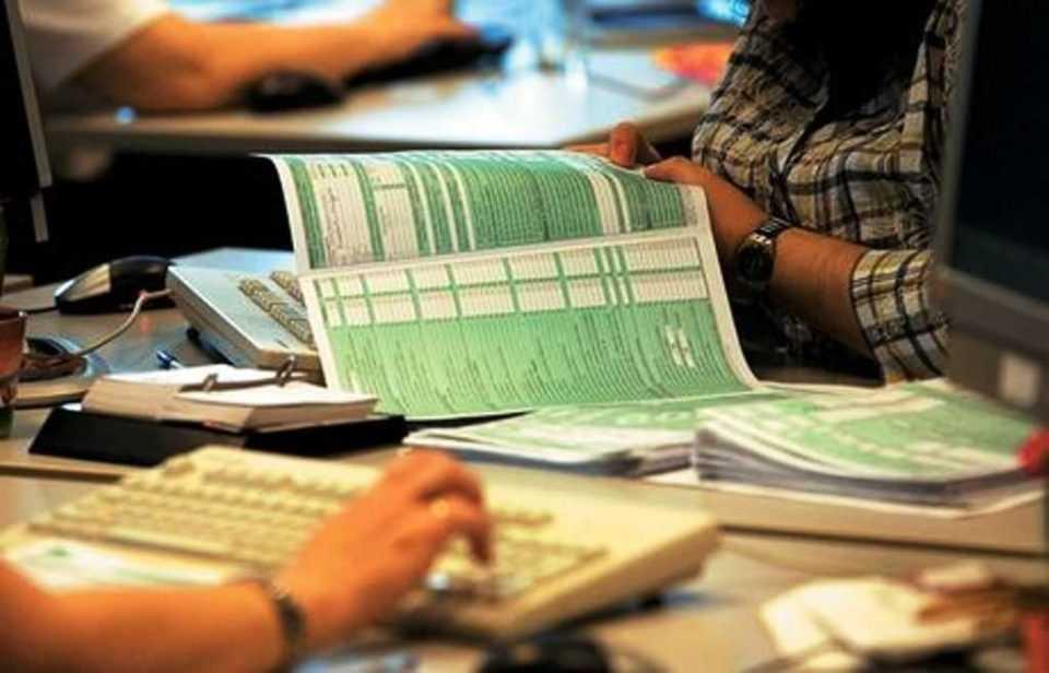 Παρατείνονται οι προθεσμίες υποβολής δηλώσεων - Ποιους αφορά