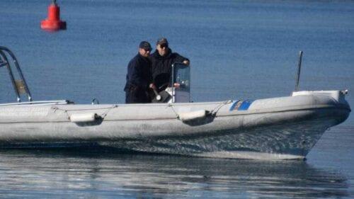 Σοκ στη Μυτιλήνη: Η θάλασσα ξέβρασε ακέφαλο σώμα μικρού παιδιού 1