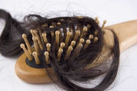 Καθάρισμα της βούρτσας μαλλιών – Μπελάς; Όχι πια… 1