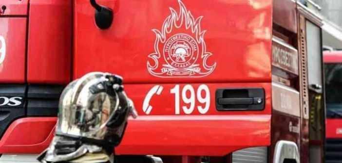 Ώρα 21:15:Φωτιά σε αποθήκη κοντά στο Δημοτικό Κολυμβητήριο Κοζάνης