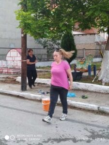 Mας άρεσε!! Εθελοντές αναμόρφωσαν το πάρκο επί της οδού Μεσουπόλεως στην Πτολεμαΐδα!! (φωτογραφίες) 67