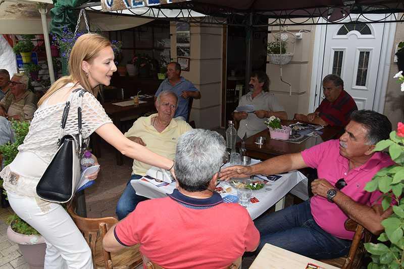 Eordaialive.com: επίσκεψη υποψηφίων βουλευτών στη λαϊκή αγορά Πτολεμαΐδας (βίντεο-φωτό) 26