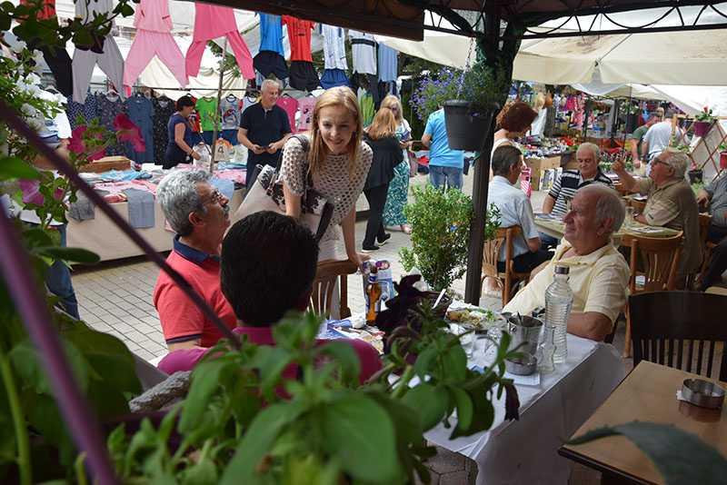 Eordaialive.com: επίσκεψη υποψηφίων βουλευτών στη λαϊκή αγορά Πτολεμαΐδας (βίντεο-φωτό) 28