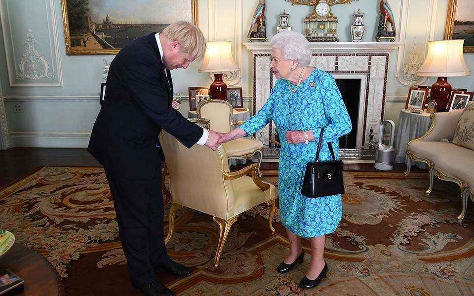 Και επίσημα νέος πρωθυπουργός της Βρετανίας ο Μπόρις Τζόνσον: «H πτώση σταματά εδώ, σταματά με εμένα» 3