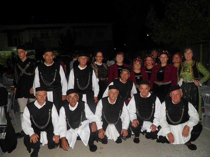 Το χορευτικό τμήμα του Συλλόγου Γρεβενιωτών Κοζάνης Ο ΑΙΜΙΛΙΑΝΟΣ στις εκδηλώσεις ΦΑΝΟΥΡΕΙΑ 2019 στο Ανατολικό Θεσσαλονίκης 8