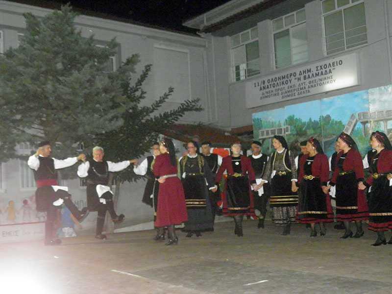 Το χορευτικό τμήμα του Συλλόγου Γρεβενιωτών Κοζάνης Ο ΑΙΜΙΛΙΑΝΟΣ στις εκδηλώσεις ΦΑΝΟΥΡΕΙΑ 2019 στο Ανατολικό Θεσσαλονίκης 20