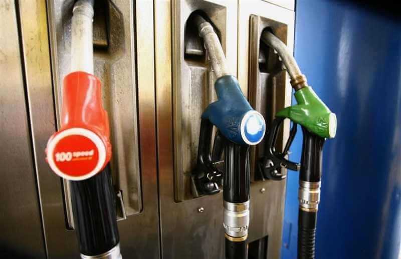 Φεύγεις διακοπές; Βρες τα φθηνότερα βενζινάδικα γύρω σου 1