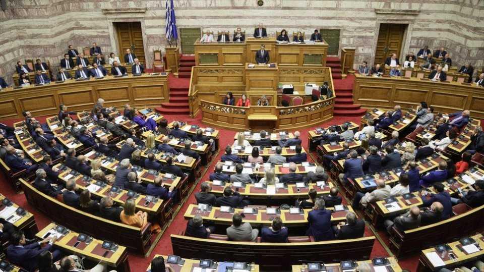 Κατατέθηκε στη Βουλή το διυπουργικό νομοσχέδιο - Τι προβλέπει για άσυλο, ΟΤΑ και καρκινοπαθείς 1