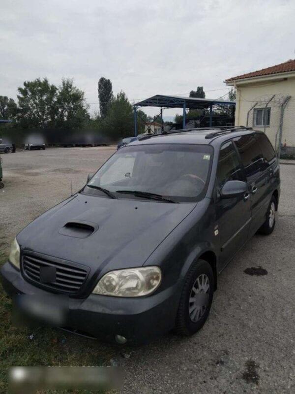 Συνελήφθη 20χρονος αλλοδαπός, σε περιοχή της Καστοριάς, για μεταφορά και διευκόλυνση παράνομης εξόδου από την ελληνική επικράτεια 8 αλλοδαπών 2