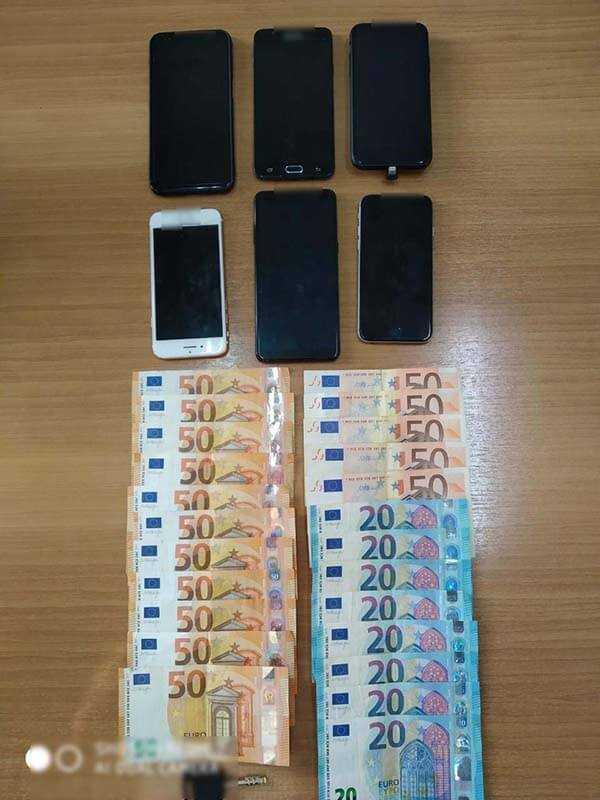 Συνελήφθη 30χρονος αλλοδαπός, σε περιοχή της Καστοριάς, για μεταφορά και διευκόλυνση παράνομης εξόδου από την ελληνική επικράτεια 5 αλλοδαπών 8
