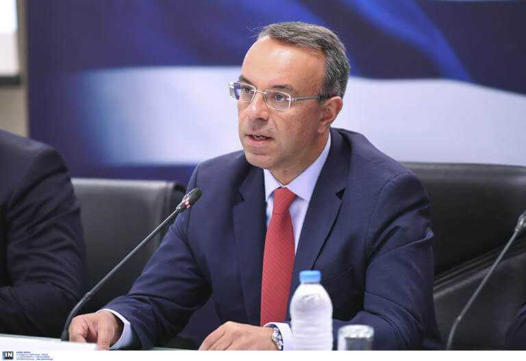 Live τα νέα μέτρα στήριξης από τον Υπουργό Οικονομικών στην εποχή του lockdown