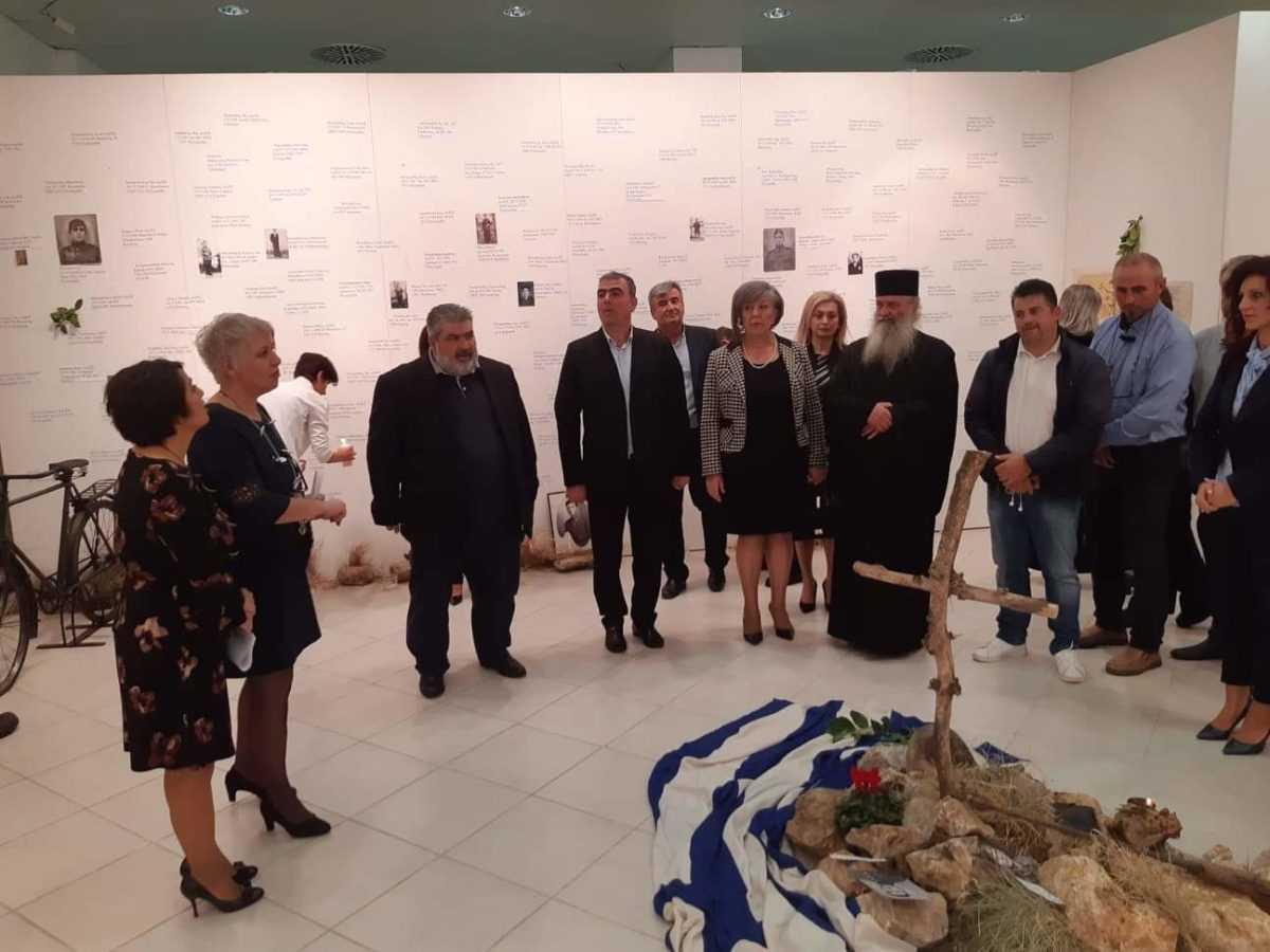 μαθητές του γαλλικού σχολείου lycee a. briand επισκέφθηκαν τον δήμο εορδαίας. παρουσία τους τα εγκαίνια της έκθεσης «άξιον εστί» στο παλαιοντολογικό ιστορικό μουσείου πτολεμαΐδας. 12