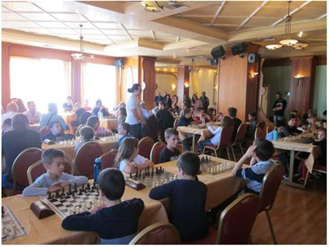 Ρεκόρ συμμετοχών, στο τουρνουά σκακιού «Ελευθέρια» , στην Πτολεμαΐδα 5