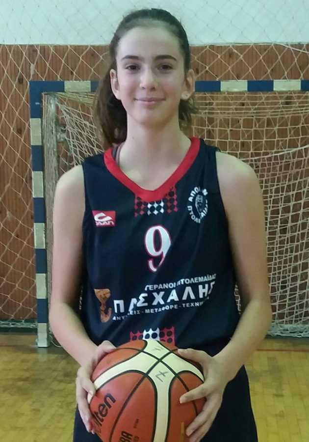 Οι αθλήτριες του ΑΠΟΛΛΩΝΑ ΠΤΟΛΕΜΑΪΔΑΣ, Αντριάνα Σαρβάνη(2005) & ΒασιλικήΧωλοπούλου(2007) στο ΕΟΚ-FIBA  τουρνουά 3χ3 κοριτσιών U14 7