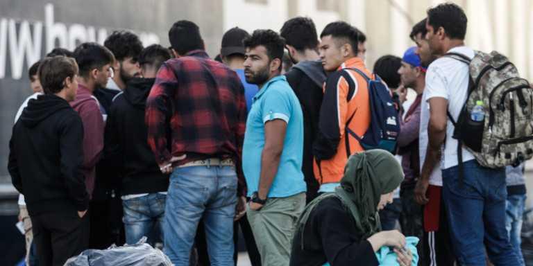 """Σύμφωνα με πληροφορίες του Kozanimedia,επίκειται έλευση 70 περίπου προσφύγων/μεταναστών στο Βελβεντό και στο ξενοδοχείο """"Αγνάντι""""."""