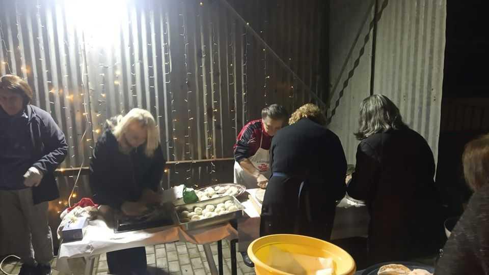 Σε γιορτή μετατράπηκε η φωταγώγηση του Χριστουγεννιάτικου Δέντρου στην Αναρράχη (ΦΩΤΟ) 22