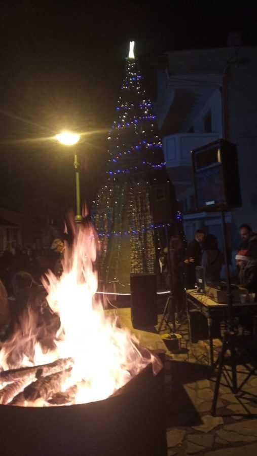 Σε γιορτή μετατράπηκε η φωταγώγηση του Χριστουγεννιάτικου Δέντρου στην Αναρράχη (ΦΩΤΟ) 21
