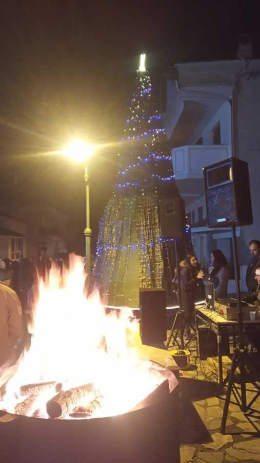 Σε γιορτή μετατράπηκε η φωταγώγηση του Χριστουγεννιάτικου Δέντρου στην Αναρράχη (ΦΩΤΟ) 29