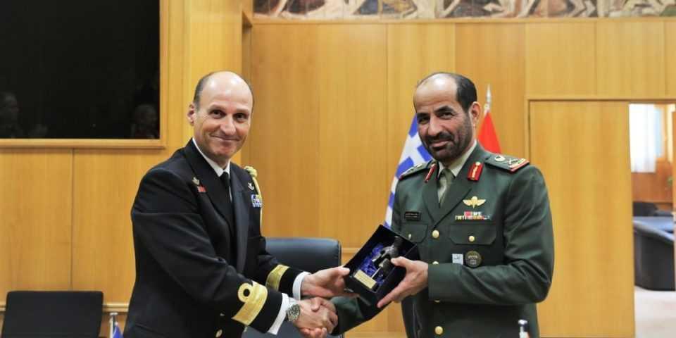 ΓΕΕΘΑ: Υπεγράφη στρατιωτική συνεργασία ανάμεσα σε Ελλάδα και ΗΑΕ [pics] 1