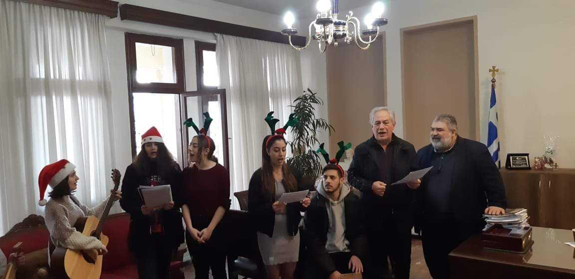 Κάλαντα και ευχές στον Δήμαρχο Εορδαίας (βίντεο-φωτο) 36
