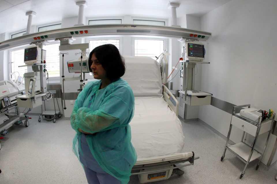 Η καμπύλη της γρίπης θα παραταθεί - Ο καλπασμός της νόσου αποκαλύπτει τις μεγάλες ...τρύπες του συστήματος 1