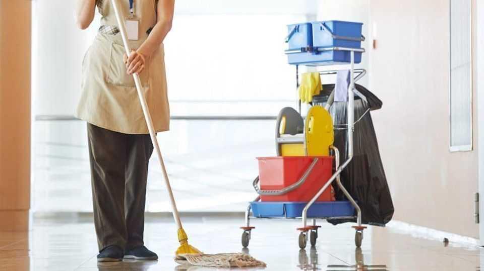 Σε 48ωρη απεργία προχωρούν οι σχολικές καθαρίστριες 1