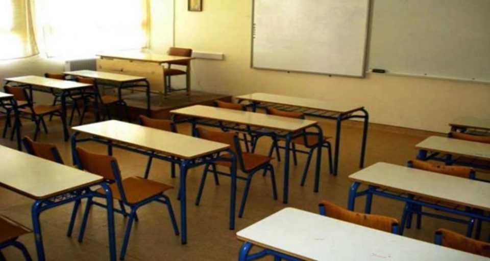 τσιόδρας: προτείνω το άνοιγμα όλων των σχολείων -απαραίτητη η χρήση μάσκας & αντισηπτικού
