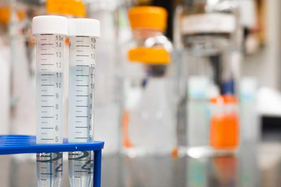 Πέφτει ο ΦΠΑ για εξετάσεις και θεραπείες για καρκινοπαθείς 1