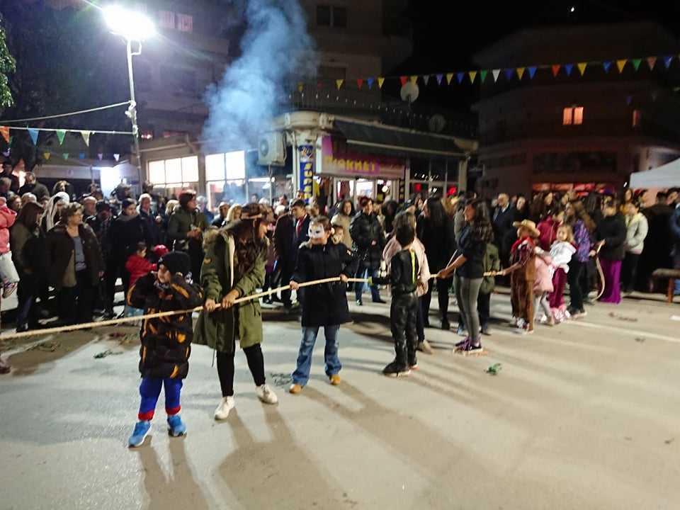 Δείτε φωτογραφίες από την αποκριάτικη εκδήλωση της Θρακικής Εστίας Εορδαίας! 32
