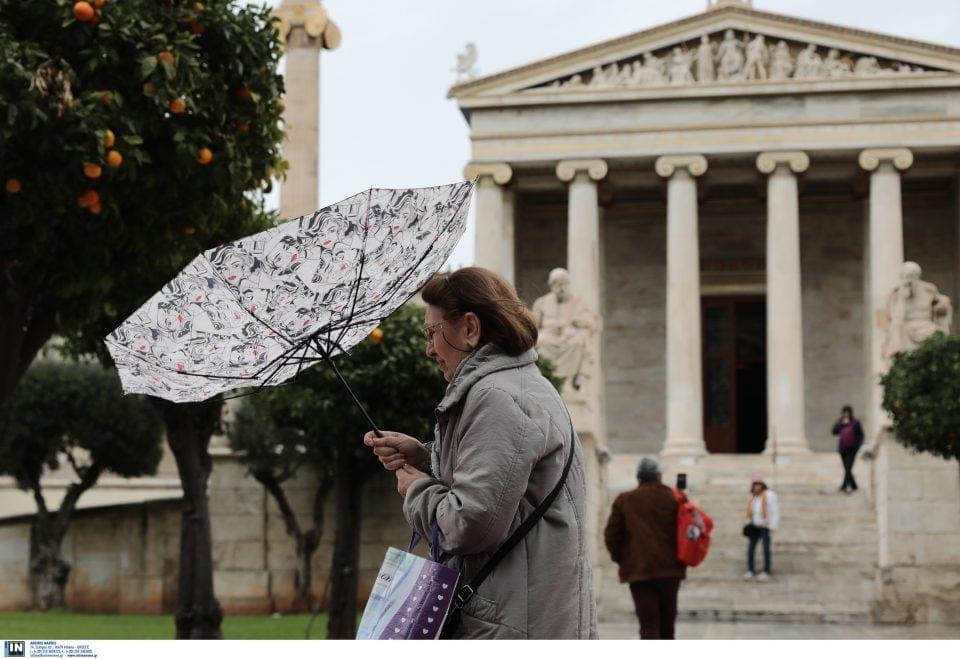 Έρχεται νέο κύμα κακοκαιρίας: Βροχές και τσουχτερό κρύο σε όλη τη χώρα – Τι προβλέπει ο μετεωρολόγος Σάκης Αρναούτογλου
