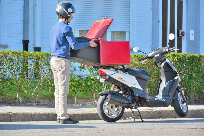 Κοροναϊός : Πόσο ασφαλές είναι το delivery;