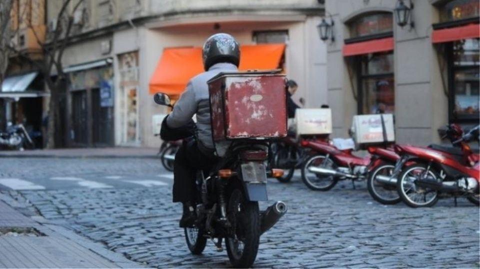Κορωνοϊός: Λύση για delivery, take-away -Παράκαμψη της διαδικασίας για ΚΑΔ