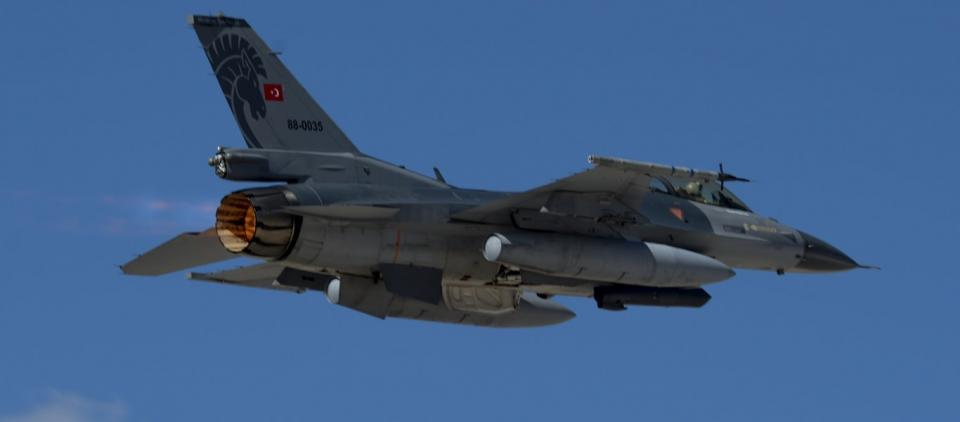Εισαγγελική έρευνα κατά ΑΠΕ & ΕΡΤ για πτήση τουρκικού F-16 σε Καβάλα και αυτών που ανακοίνωσε το... ΓΕΕΘΑ!