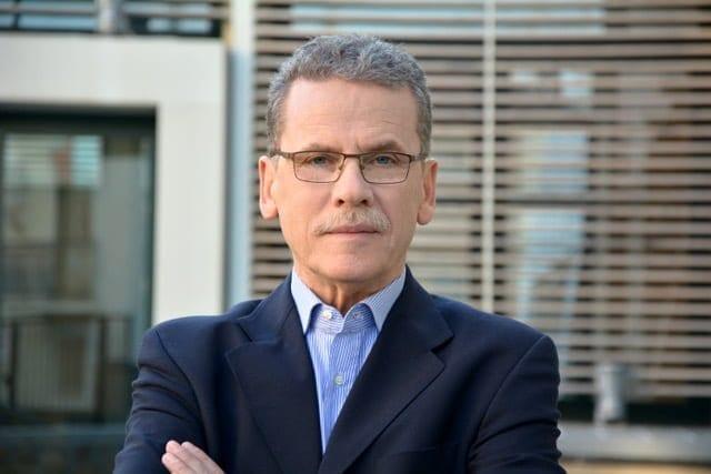 Μήνυμα του δημάρχου Κοζάνης, Λάζαρου Μαλούτα, προς τους πολίτες για τον κορωνοϊό: « Παραμένουμε δυνατοί, αισιόδοξοι, (…) και ακολουθούμε τις οδηγίες της πολιτείας »