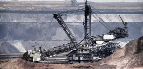 «Λουκέτο» στις λιγνιτικές μονάδες ΔΕΗ: «Εξυπηρετούν το εισαγόμενο LNG από την Αμερική»