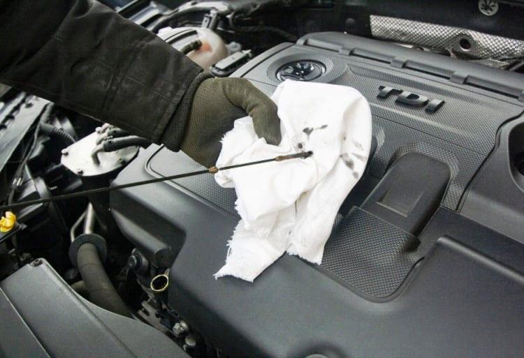 Συνεργεία αυτοκινήτων: Μπήκαν στους ΚΑΔ για αποζημιώσεις