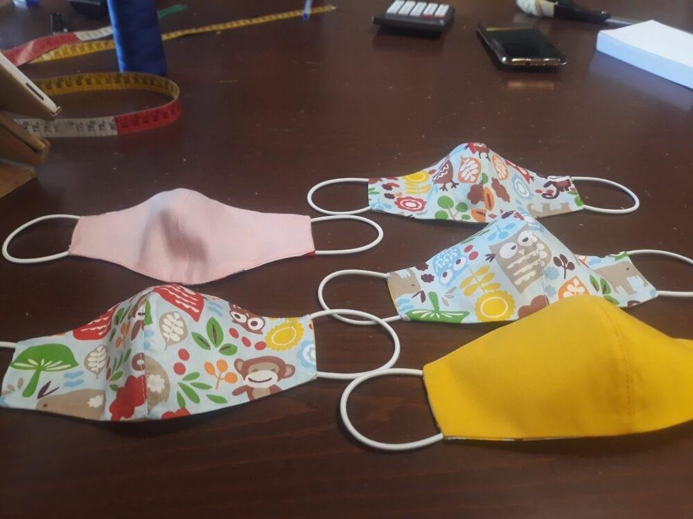 Πτολεμαΐδα: Οι πολύχρωμες παιδικές μάσκες της Άννας 3