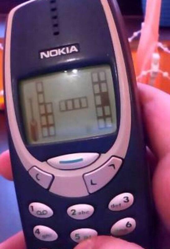 Τα παιχνίδια που θα έπαιζες στο κινητό αν ήσουν σε καραντίνα πριν 15 χρόνια 17