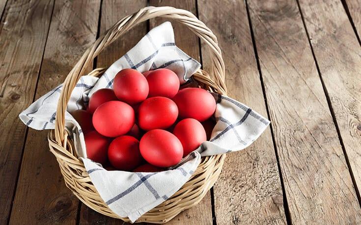 Πώς να βάψετε πασχαλινά αβγά χωρίς να σπάσουν