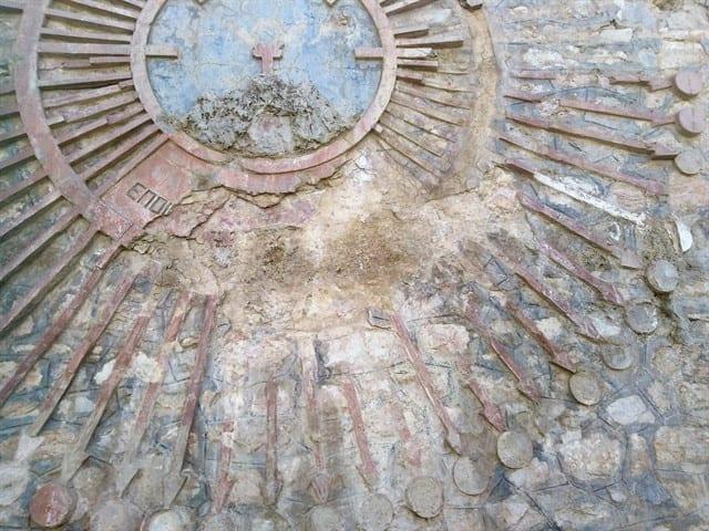 Πτολεμαΐδα : Το ιστορικό υδραγωγείο πρέπει να γκρεμιστεί... Την δυσφημεί ! 6