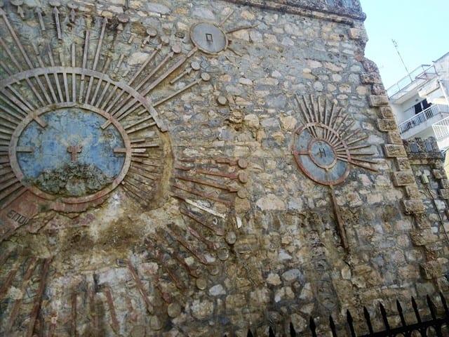 Πτολεμαΐδα : Το ιστορικό υδραγωγείο πρέπει να γκρεμιστεί... Την δυσφημεί ! 8