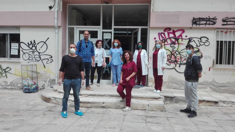 Κοινότητα Κοζάνης: Δωρεά υλικού ατομικής προστασίας στο προσωπικό των ιατρείων του ΙΚΑ