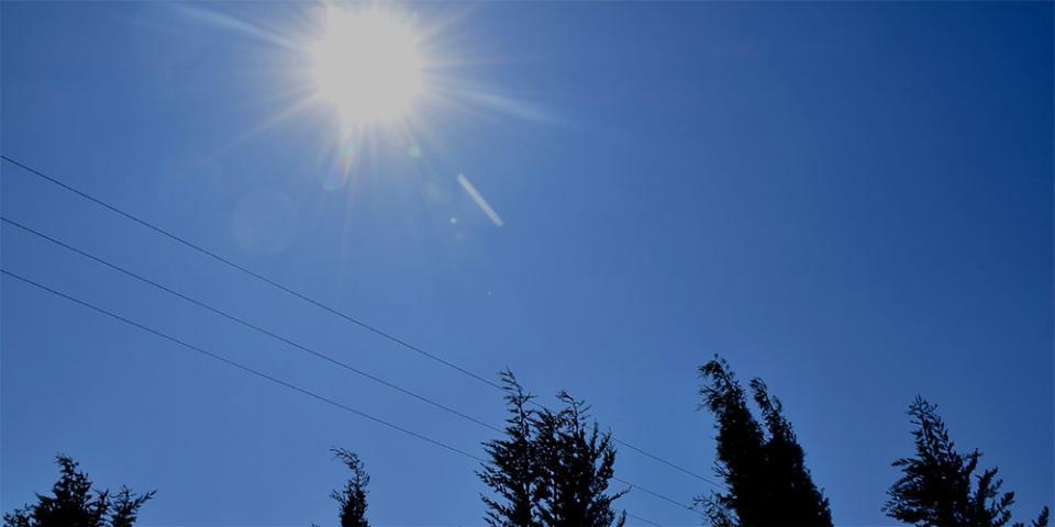 Καιρός: Ηλιοφάνεια, ανοιξιάτικες θερμοκρασίες και λίγες τοπικές νεφώσεις το Σάββατο